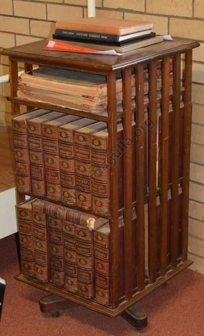 Set of Encyclopaedia Britannica