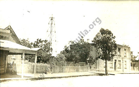 Commercial Road, Tarnagulla, looking towards the Town Hall c  1920