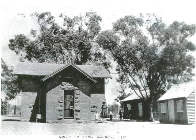 Tarnagulla Lock-up and Police Station, 1925.