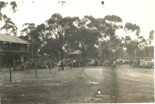 A Reunion event at the Tarnagulla Recreation Reserve. From the Win and Les Williams Collection.